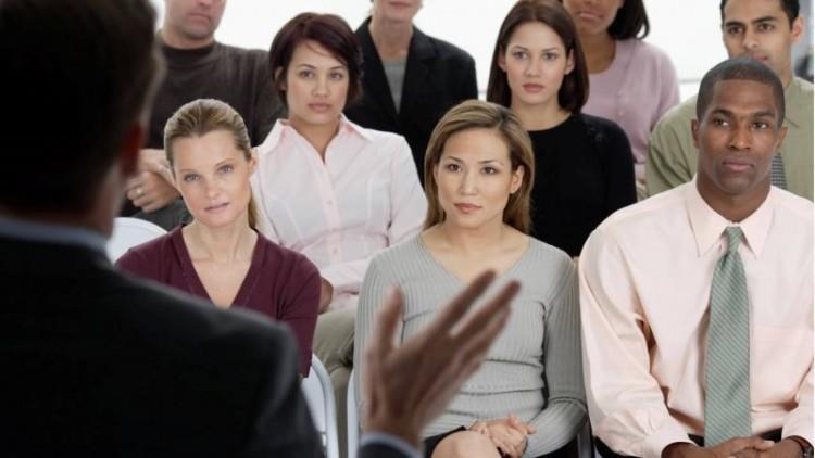 Cum să devii cel mai bun vorbitor în public de pe planetă