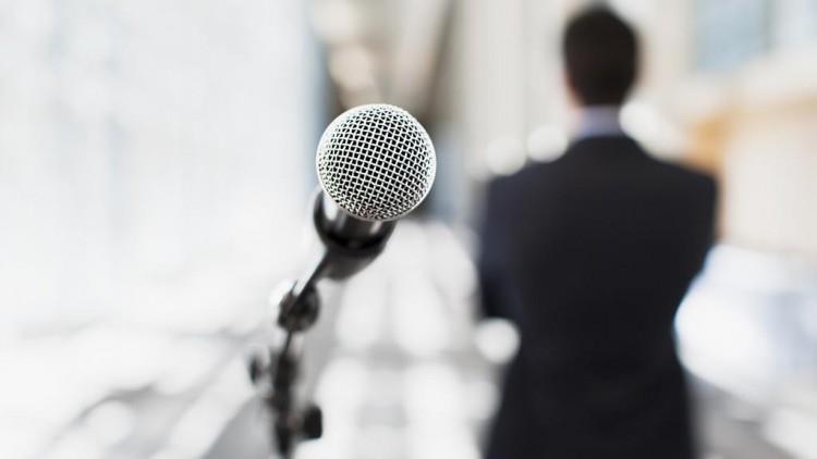 Folosește-te de pauze când vorbești în public