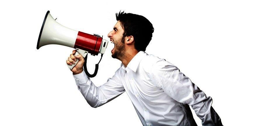 """Cum să te ocupi de """"Gică-contra"""" în timpul unui discurs"""