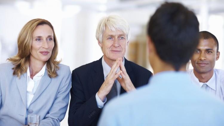 5 sfaturi de public speaking care te vor pregăti pentru orice interviu