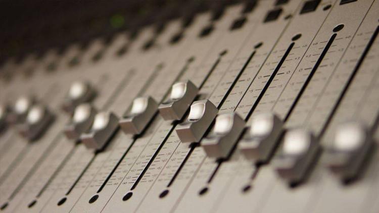 Cum să înregistrezi un voice over