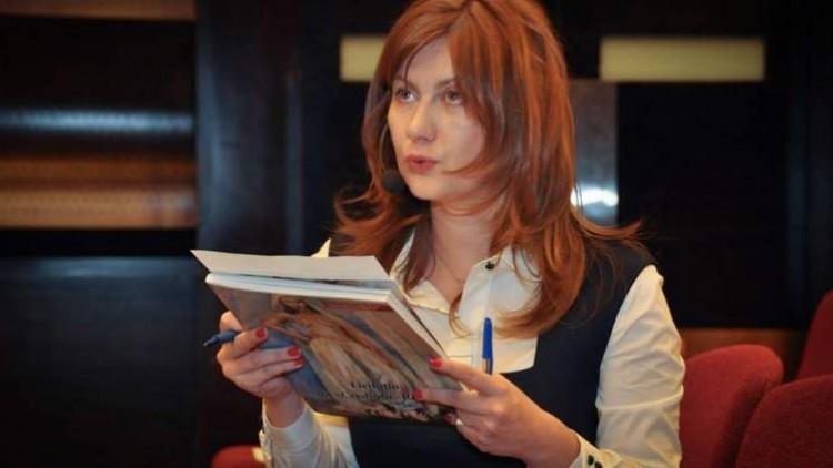 Wall-Street.ro: Carmen Ivanov, jurnalista care și-a făcut business din dicție