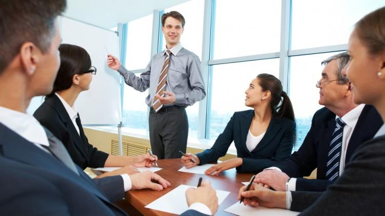 7 diferențe dintre un lider și un manager