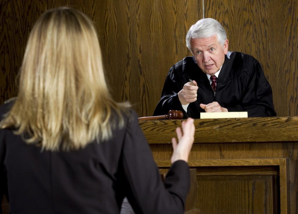 avocat si judecator