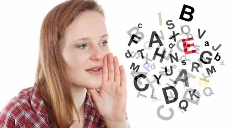9 exerciții rapide care te vor face să vorbești mai clar