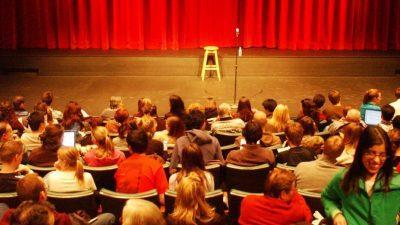 Cum să fii energic în timp ce vorbești în public