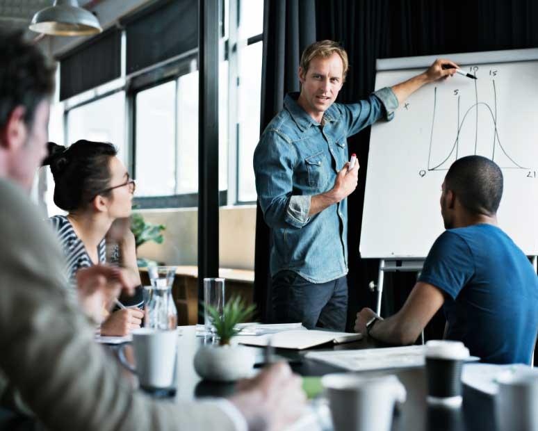 De ce vorbitul în public este vital pentru lideri