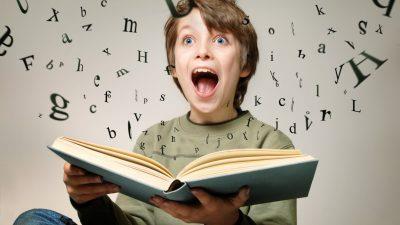 Top 10 cărți care vor îmbunătăți vocabularul copilului tău