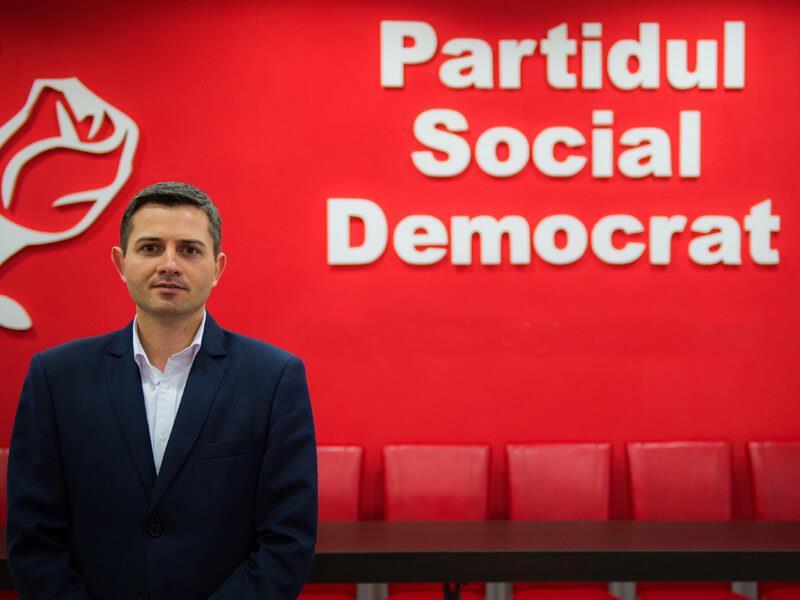 """Secretar de stat în Ministerul Tineretului și Sportului: """"Să punem Centenarul pe tricoaiele noastre"""""""