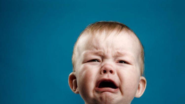 Plânsul copiilor poate prezice vocea lor de adulți, arată un studiu