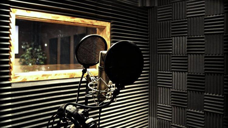 Cum să izolezi acustic o cameră