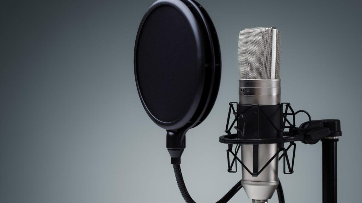 9 sfaturi pentru a-ți îmbunătăți abilitățile de voice-over