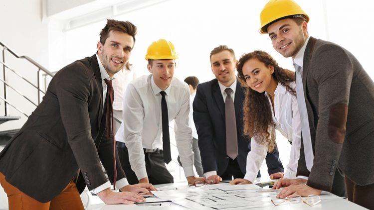 5 verbe care te fac să suni nesigur, indiferent de job