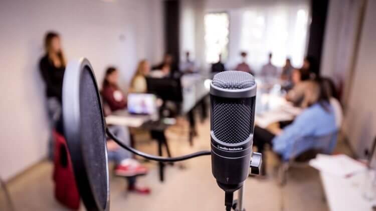 Voice-over: sfaturi pentru începători