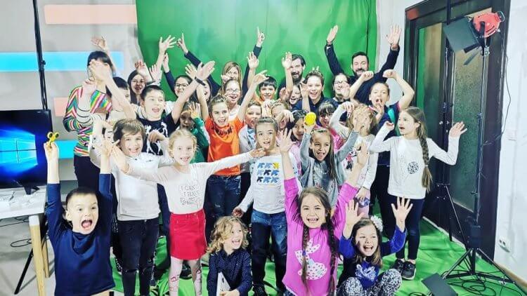 Cum au devenit prezentatori de știri copiii de la Școala TV la dictie.ro