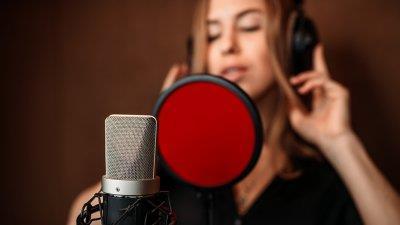 Voice-over: sfaturi pentru audiții