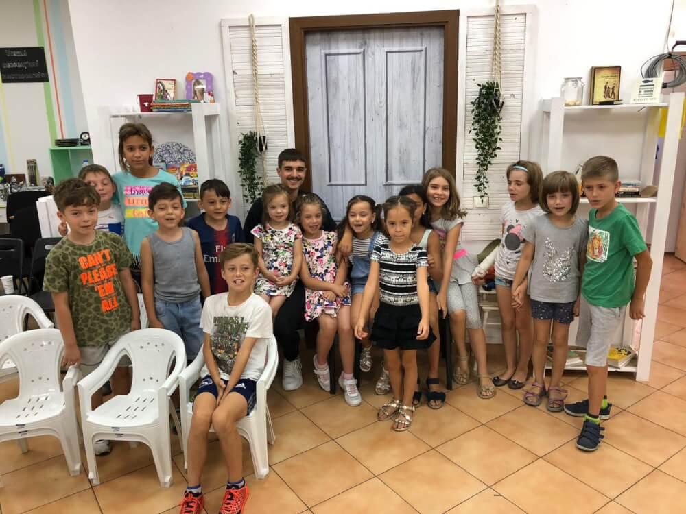 Atelierul de Povești pentru copiii defavorizați din sectorul 6 – Dicție.ro