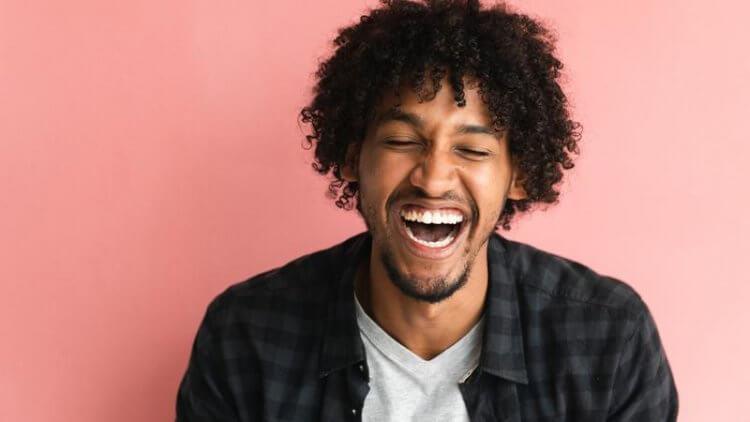 Voice-over: Teoriile umorului