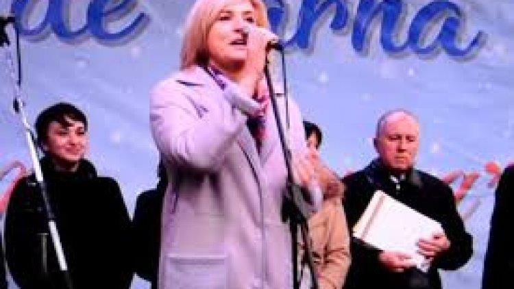"""O deputată din Republica Moldova a urat oamenilor """"Fericiun Crăcit"""" – VIDEO"""
