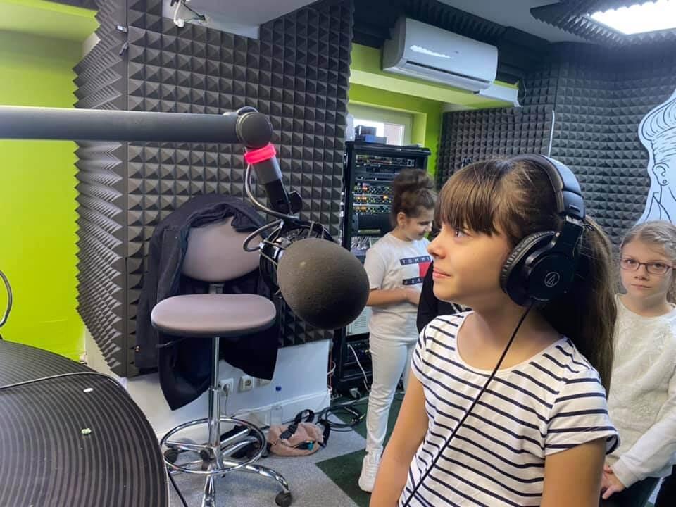 Emisiunile Flash Magazin pentru copii, prezentate de copii – AUDIO!