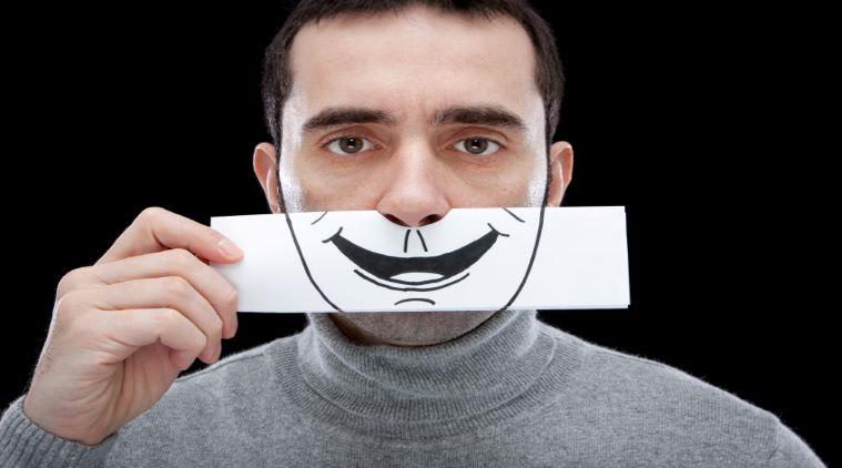 Public speaking: cum să-ți ascunzi emoțiile negative