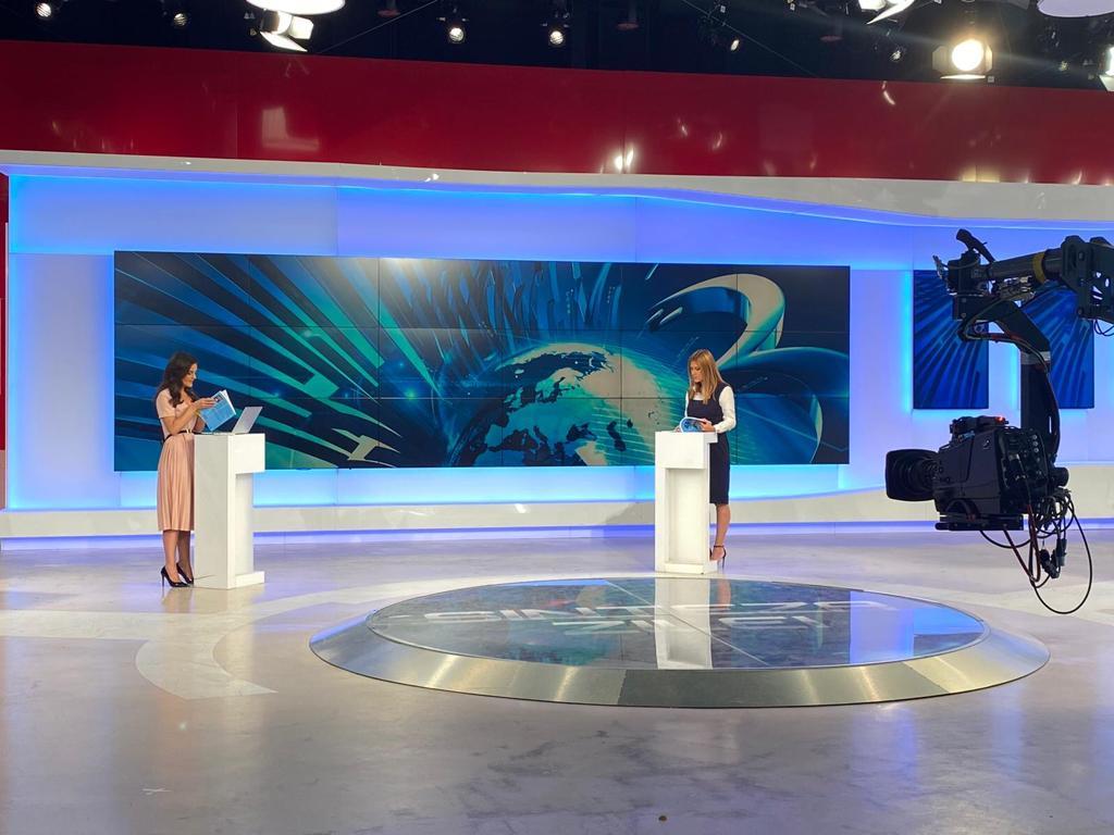 """Carmen Ivanov prezintă """"613 greșeli gramaticale în limba română"""" la Eroul Zilei – Antena 3"""