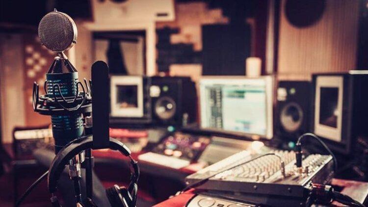 Voice-over: capacitatea de a urma indicații regizorale