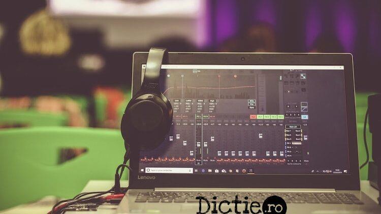 Voice-over: programul de editare e la fel de important ca microfonul