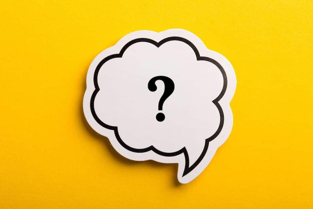 Cum este corect: funerarii sau funeralii?