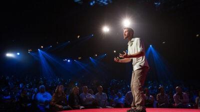 Top 15 cele mai bune discursuri TED