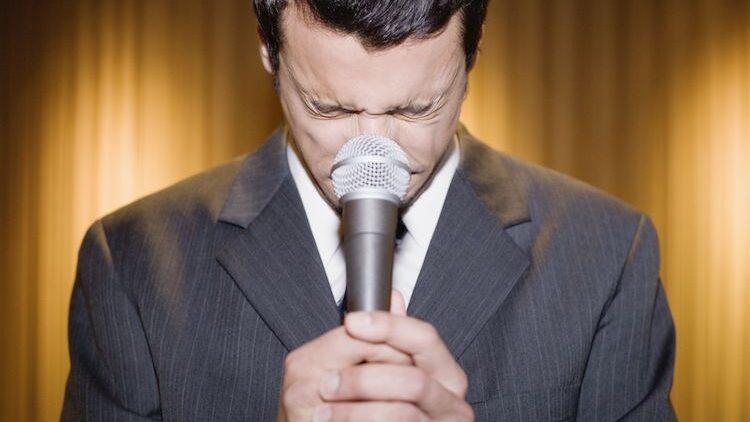 Public speaking: 3 secrete pe care doar profesioniștii le știu