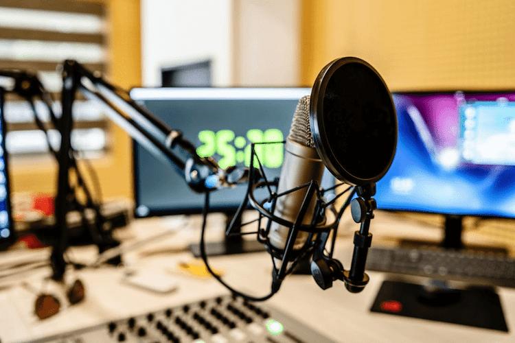Voice-over: 5 greșeli de evitat în studio