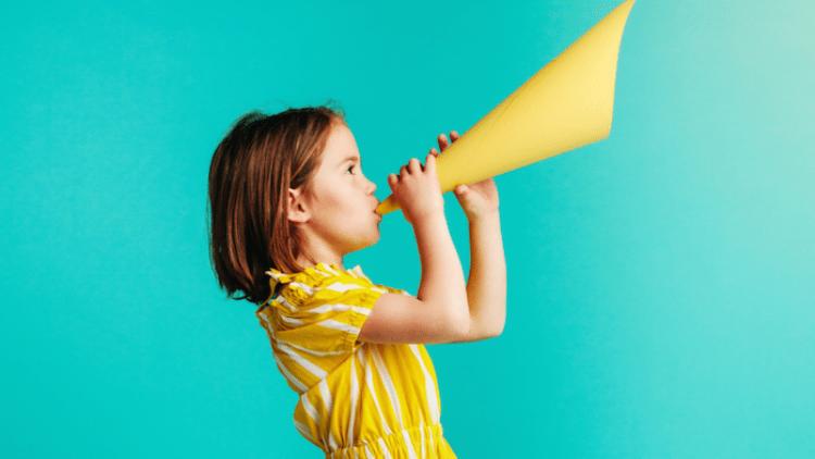 Moduri distractive de a-i învăța pe copii conceptul de public speaking